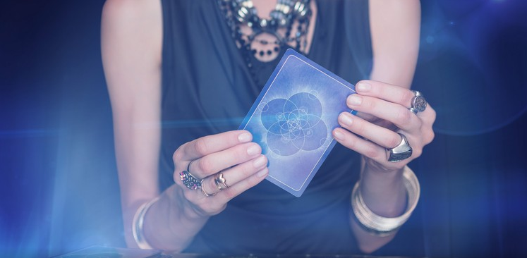 How to Do Your Own Love Tarot Reading - No Experience Needed